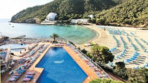 Suneo Sirenis Cala Llonga Ibiza